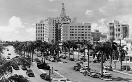 1950s_hotel